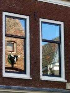Glas plaatsen in Arnhem door Joop Wallbrink
